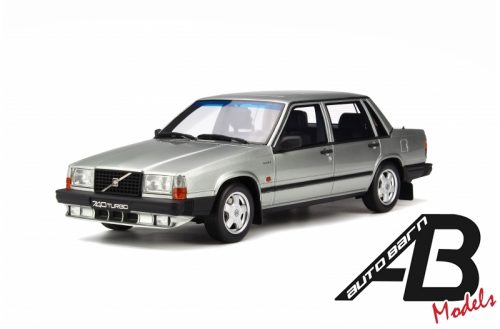 1:18 OttoMobile Volvo 740 Turbo Silver OT263