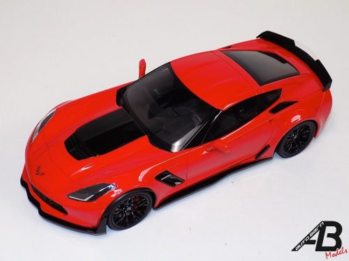 1:18 GT Spirit Chevrolet Corvette Z06 C-7 R Edition Red US005