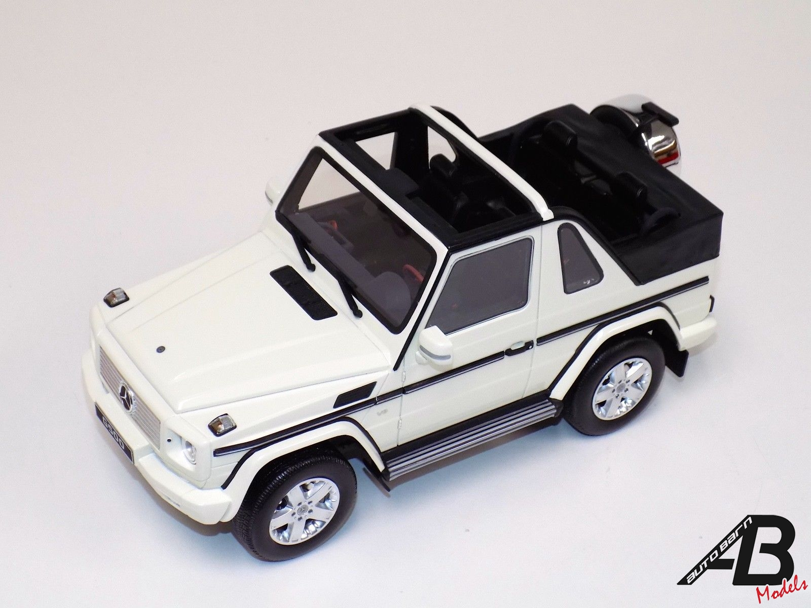 1:18 OttoMobile Mercedes Benz G Class Cabriolet White OT275