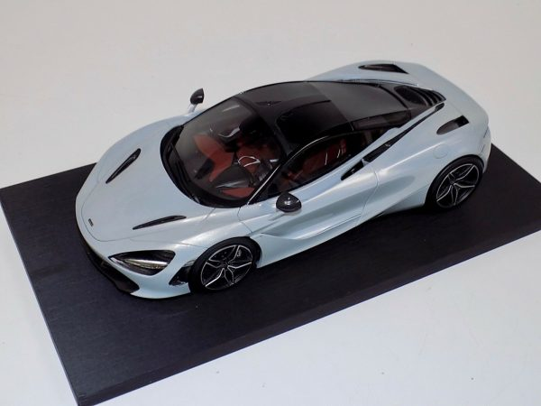 McLaren 720S Silver Resin Model | Top Speed | 1:18