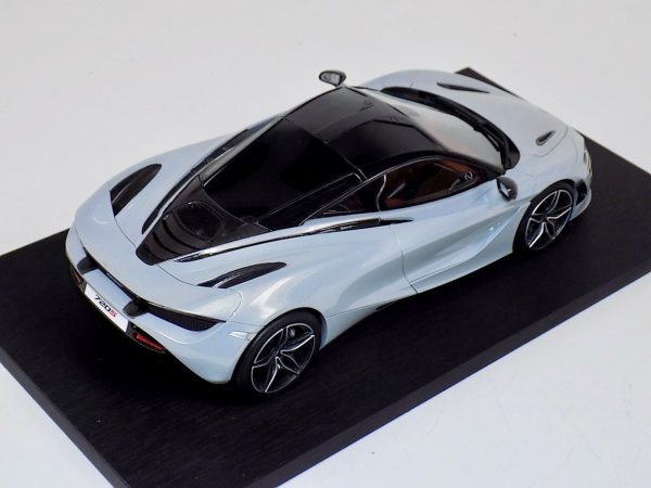 McLaren 720S Silver Resin Model Top Speed-b