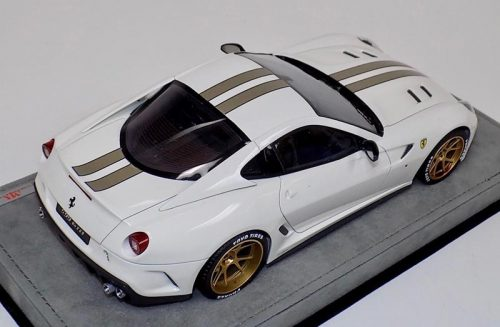 MR Collection 1:18 Ferrari 599 GTO Gloss White Gold Stripe