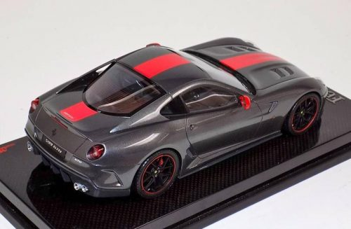 MR Collection 1:18 Ferrari 599 GTO Grigio Silverstone Red Stripe