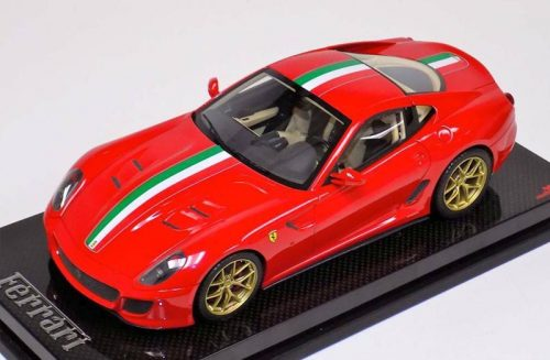 MR Collection 1:18 Ferrari 599 GTO Rosso Corsa Red Italian Stripe