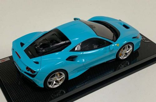 MR Collection 1:18 Ferrari F8 Tributo Coupe Baby Blue