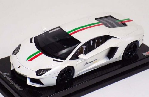 MR Collection 1:18 Lamborghini Aventador LP700-4 White Italian Flag
